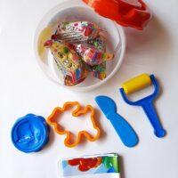 خمیر-بازی-سطلی-کوچک